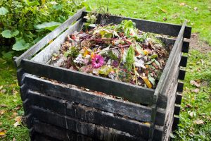 There are as many ways to create a compost pile as there are gardeners. You can create a free-standing compost heap, or use a ready made one.
